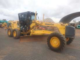 Komatsu GD555-3A Grader - picture0' - Click to enlarge