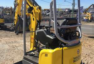FREE Hydraulic Quick Hitch Upgrade  ($3000 value) Limited Stock WACKER NEUSON EZ17