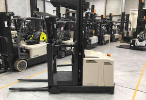 Crown LP3500 Stock Picker Forklift