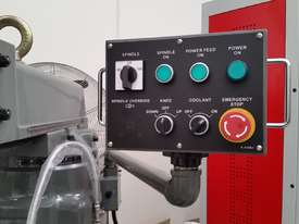 new milling machine - picture2' - Click to enlarge