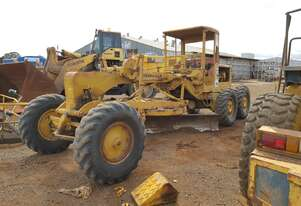 1969 Caterpillar 12E 17K Grader *CONDITIONS APPLY*