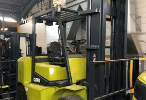 4.5t LPG CLARK Forklift - Clearview Mast