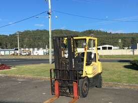 2.5t Counterbalance Forklifts - picture0' - Click to enlarge