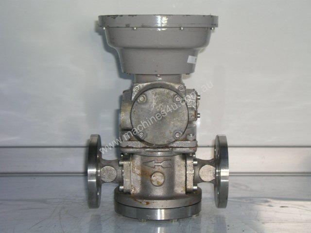 Oval LC553-211-CM7 Flow Totalizer.