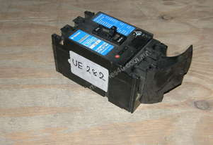 Terasaki XS125NJ Circuit Breakers.