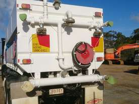 Mercedes truck 15,000 ltr stainless water tank - picture1' - Click to enlarge