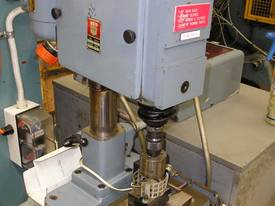 Worner automatic swaging machine - picture0' - Click to enlarge