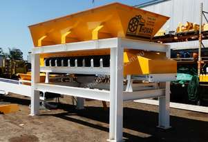 Thomas 6 cubic metre Hopper FOR SALE