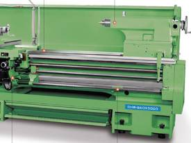 Ajax Chin Hung Lathes from 780mm to 1020mm swing - picture7' - Click to enlarge
