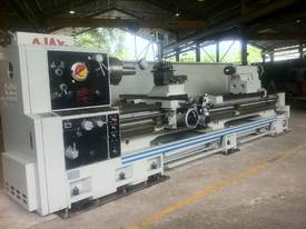 Ajax Chin Hung Lathes from 780mm to 1020mm swing - picture11' - Click to enlarge