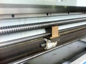 Ajax Chin Hung Lathes from 780mm to 1020mm swing - picture8' - Click to enlarge