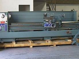 Ajax Chin Hung Lathes from 780mm to 1020mm swing - picture3' - Click to enlarge