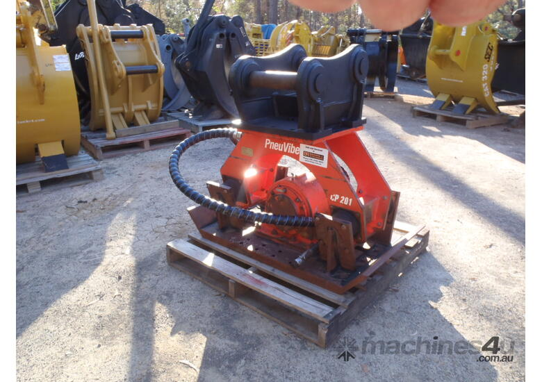 Pneuvibe Compaction Plate CP201