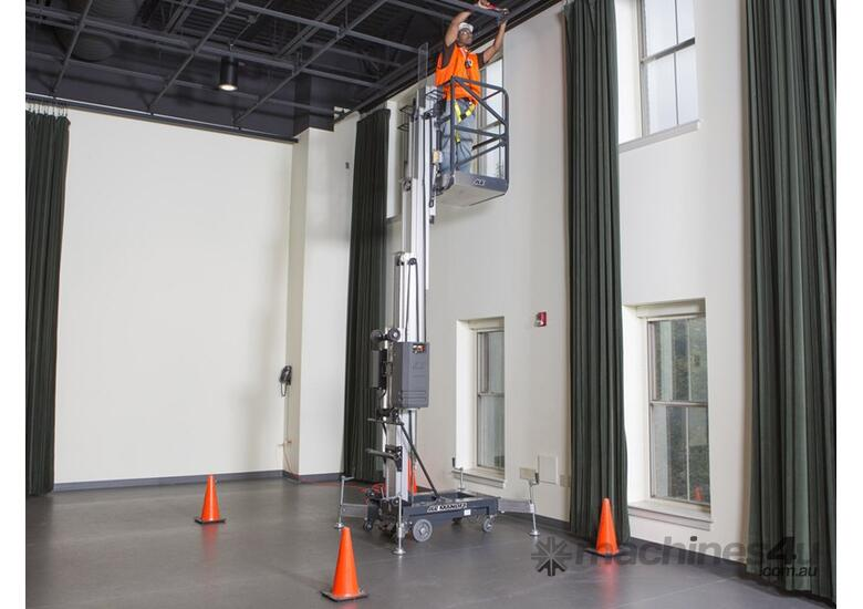 JLG 20AM Vertical Lift