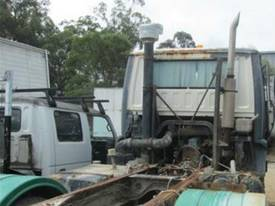 1985 Nissan Diesel other Wrecking Trucks - picture2' - Click to enlarge