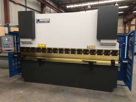 Madison 125 ton x 3.2m NC Press Brake - picture0' - Click to enlarge