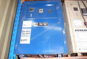 WESTINGHOUSE 24VOLT FORKLIFT BATTERY CHARGER