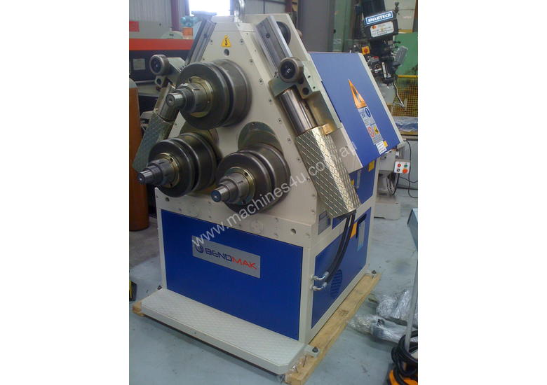 Bendmak Section Rolls model PRO100