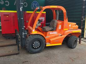 PRICE REDUCTION ! Mast 2.5T 4 wheel Drive Forklift