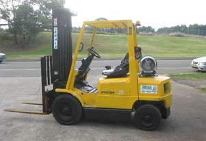 Hyster   2.5T WITH 5M LIFT
