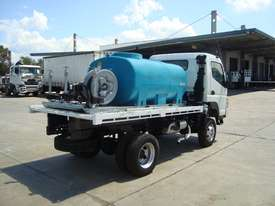 Fuso Canter Water truck Truck - picture2' - Click to enlarge