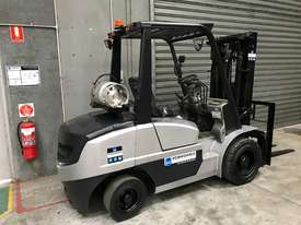 GC Power FG35 LPG / Petrol Counterbalance Forklift - picture1' - Click to enlarge