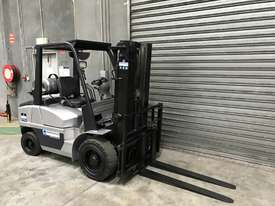 GC Power FG35 LPG / Petrol Counterbalance Forklift - picture2' - Click to enlarge