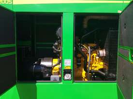 200KVA Staunch Generator ( Powered By John Deere ) - picture3' - Click to enlarge