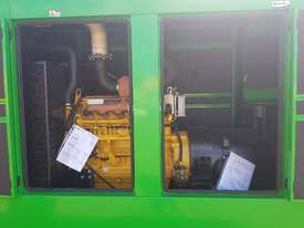 200KVA Staunch Generator ( Powered By John Deere ) - picture9' - Click to enlarge