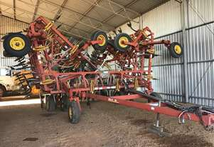 Bourgault 8810 Cultivators Tillage Equip