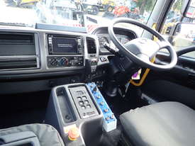 NEW 2018 HINO FM 2628 6X4 WATER TRUCK - picture6' - Click to enlarge