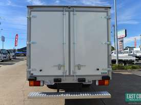 2019 Hyundai MIGHTY EX4  Freezer Refrigerated Truck  - picture5' - Click to enlarge