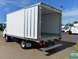 2019 Hyundai MIGHTY EX4  Freezer Refrigerated Truck  - picture6' - Click to enlarge
