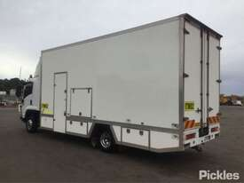 2009 Isuzu FRR600 Long - picture5' - Click to enlarge
