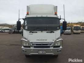 2009 Isuzu FRR600 Long - picture1' - Click to enlarge