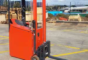 Used Forklift:  E10 Genuine Preowned Linde 1t