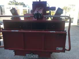 (December) 2016 Morbark M12R Wood Chipper - picture0' - Click to enlarge