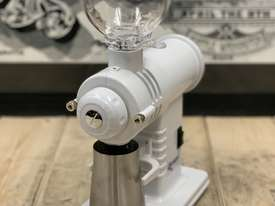 PRECISION GS30 WHITE BRAND NEW ESPRESSO COFFEE GRINDER - picture0' - Click to enlarge
