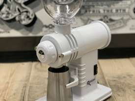 PRECISION GS30 WHITE BRAND NEW ESPRESSO COFFEE GRINDER - picture1' - Click to enlarge