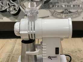 PRECISION GS30 WHITE BRAND NEW ESPRESSO COFFEE GRINDER - picture2' - Click to enlarge