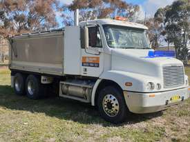 Used 2004 Freightliner 6x4 Tipper Truck for sale - picture0' - Click to enlarge
