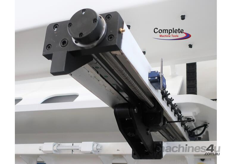 AccurlCMT 8MM CAPACITY | 4000MM LENGTH | OVERDRIVEN CNC GUILLOTINE
