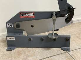 SM-HS12. Hand Shear. Steelmaster 300mm Throat Manual Type. - picture3' - Click to enlarge