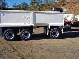 Cobbco Dog Tipper Trailer - picture0' - Click to enlarge