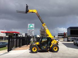 Telehandler hire - picture10' - Click to enlarge