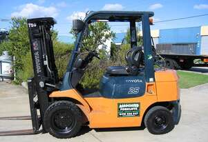 ** RENT NOW **   Toyota 2.5t LPG forklift with Weight gauge