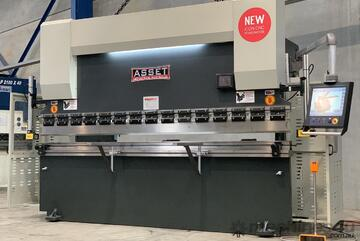 4000mm x 220Ton CNC With Australian Made 2D-3D Graphical Controller, Laser Guards & Table Crowning