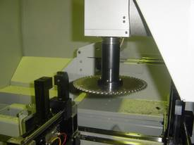 FOM DALI 40/70 4 axis CNC Machining Centre - picture6' - Click to enlarge
