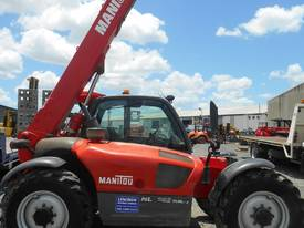 manitou MLT742 avaiable for hire