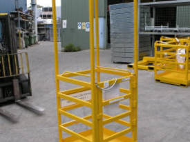Crane Cage with Roof (1 Man) - picture0' - Click to enlarge
